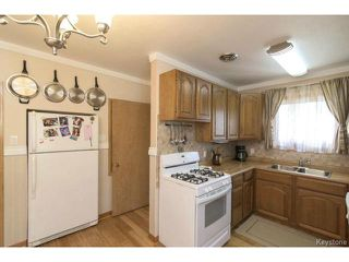 Photo 6: 718 Oakland Avenue in WINNIPEG: North Kildonan Residential for sale (North East Winnipeg)  : MLS®# 1505520