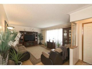 Photo 3: 718 Oakland Avenue in WINNIPEG: North Kildonan Residential for sale (North East Winnipeg)  : MLS®# 1505520