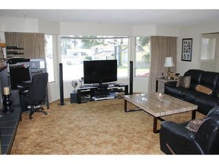 "Photo 3: 5899 135A Street in Surrey: Panorama Ridge House for sale in ""Panorama Ridge; Northridge"" : MLS®# F1437318"