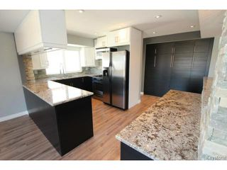 Photo 3: 911 Vimy Road in WINNIPEG: Westwood / Crestview Residential for sale (West Winnipeg)  : MLS®# 1508235