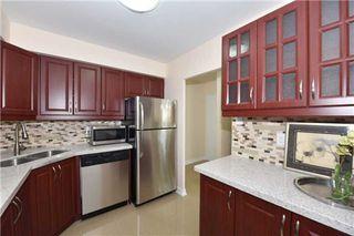Photo 4: 345 2 Valhalla Inn Road in Toronto: Islington-City Centre West Condo for sale (Toronto W08)  : MLS®# W3183067