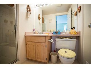 "Photo 11: 71 9012 WALNUT GROVE Drive in Langley: Walnut Grove Townhouse for sale in ""QUEEN ANNE GREEN"" : MLS®# F1447003"