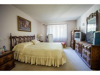 "Photo 5: 71 9012 WALNUT GROVE Drive in Langley: Walnut Grove Townhouse for sale in ""QUEEN ANNE GREEN"" : MLS®# F1447003"
