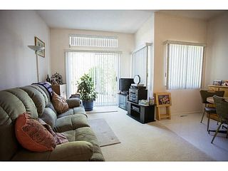 """Photo 8: 71 9012 WALNUT GROVE Drive in Langley: Walnut Grove Townhouse for sale in """"QUEEN ANNE GREEN"""" : MLS®# F1447003"""