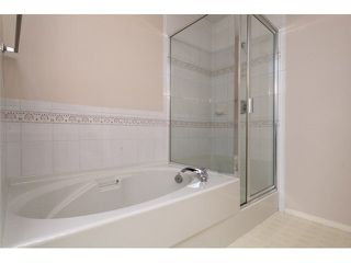 "Photo 15: 167 13888 70 Avenue in Surrey: East Newton Townhouse for sale in ""Chelsea Gardens"" : MLS®# R2000018"