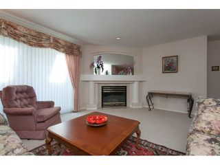"Photo 10: 167 13888 70 Avenue in Surrey: East Newton Townhouse for sale in ""Chelsea Gardens"" : MLS®# R2000018"