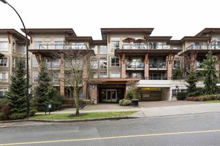 "Photo 1: 122 1633 MACKAY Avenue in North Vancouver: Pemberton NV Condo for sale in ""TOUCHSTONE"" : MLS®# R2033253"