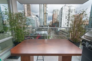 """Photo 13: 704 535 SMITHE Street in Vancouver: Downtown VW Condo for sale in """"DOLCE"""" (Vancouver West)  : MLS®# R2048097"""
