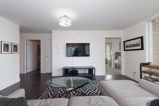 """Photo 9: 704 535 SMITHE Street in Vancouver: Downtown VW Condo for sale in """"DOLCE"""" (Vancouver West)  : MLS®# R2048097"""