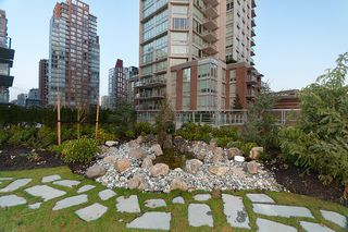 """Photo 36: 704 535 SMITHE Street in Vancouver: Downtown VW Condo for sale in """"DOLCE"""" (Vancouver West)  : MLS®# R2048097"""