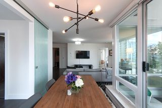 """Photo 11: 704 535 SMITHE Street in Vancouver: Downtown VW Condo for sale in """"DOLCE"""" (Vancouver West)  : MLS®# R2048097"""
