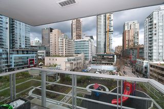 """Photo 19: 704 535 SMITHE Street in Vancouver: Downtown VW Condo for sale in """"DOLCE"""" (Vancouver West)  : MLS®# R2048097"""