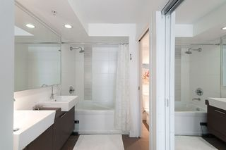 """Photo 22: 704 535 SMITHE Street in Vancouver: Downtown VW Condo for sale in """"DOLCE"""" (Vancouver West)  : MLS®# R2048097"""