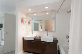 """Photo 24: 704 535 SMITHE Street in Vancouver: Downtown VW Condo for sale in """"DOLCE"""" (Vancouver West)  : MLS®# R2048097"""