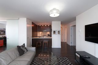 """Photo 15: 704 535 SMITHE Street in Vancouver: Downtown VW Condo for sale in """"DOLCE"""" (Vancouver West)  : MLS®# R2048097"""