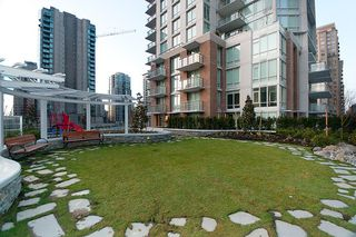 """Photo 35: 704 535 SMITHE Street in Vancouver: Downtown VW Condo for sale in """"DOLCE"""" (Vancouver West)  : MLS®# R2048097"""
