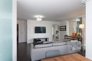 """Photo 8: 704 535 SMITHE Street in Vancouver: Downtown VW Condo for sale in """"DOLCE"""" (Vancouver West)  : MLS®# R2048097"""