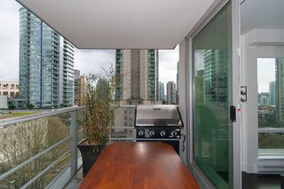 """Photo 14: 704 535 SMITHE Street in Vancouver: Downtown VW Condo for sale in """"DOLCE"""" (Vancouver West)  : MLS®# R2048097"""