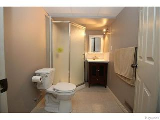 Photo 7: 410 Avalon Road in Winnipeg: St Vital Residential for sale (South East Winnipeg)  : MLS®# 1613745