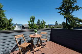 Photo 16: 3153 W 3RD Avenue in Vancouver: Kitsilano House 1/2 Duplex for sale (Vancouver West)  : MLS®# R2077742