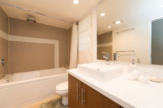 Photo 14: 3153 W 3RD Avenue in Vancouver: Kitsilano House 1/2 Duplex for sale (Vancouver West)  : MLS®# R2077742