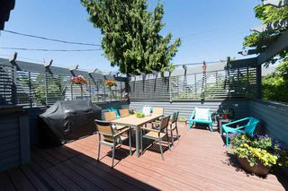 Photo 2: 3153 W 3RD Avenue in Vancouver: Kitsilano 1/2 Duplex for sale (Vancouver West)  : MLS®# R2077742