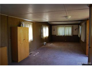 Photo 6: 1 1201 Craigflower Rd in VICTORIA: VR Glentana Manufactured Home for sale (View Royal)  : MLS®# 738635