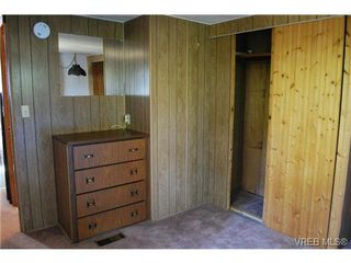 Photo 14: 1 1201 Craigflower Rd in VICTORIA: VR Glentana Manufactured Home for sale (View Royal)  : MLS®# 738635