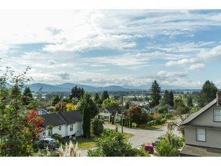 Photo 19: 32944 4TH Avenue in Mission: Mission BC House for sale : MLS®# R2097682