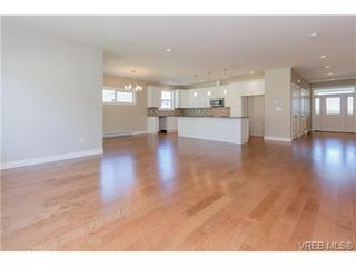 Photo 6: 690 Mill Bay Pl in MILL BAY: ML Mill Bay House for sale (Malahat & Area)  : MLS®# 742357
