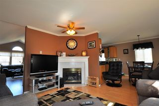 Photo 9: 8431 COX Drive in Mission: Mission BC House for sale : MLS®# R2108826