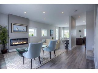 Photo 6: 121 2737 Jacklin Rd in VICTORIA: La Langford Proper Row/Townhouse for sale (Langford)  : MLS®# 748832