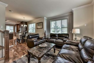 """Photo 4: 5 9077 150 Street in Surrey: Bear Creek Green Timbers Townhouse for sale in """"Crystal Living"""" : MLS®# R2133446"""
