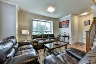 """Photo 2: 5 9077 150 Street in Surrey: Bear Creek Green Timbers Townhouse for sale in """"Crystal Living"""" : MLS®# R2133446"""