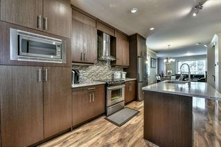 """Photo 6: 5 9077 150 Street in Surrey: Bear Creek Green Timbers Townhouse for sale in """"Crystal Living"""" : MLS®# R2133446"""