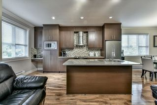 """Photo 7: 5 9077 150 Street in Surrey: Bear Creek Green Timbers Townhouse for sale in """"Crystal Living"""" : MLS®# R2133446"""