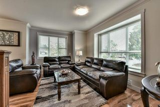 """Photo 3: 5 9077 150 Street in Surrey: Bear Creek Green Timbers Townhouse for sale in """"Crystal Living"""" : MLS®# R2133446"""