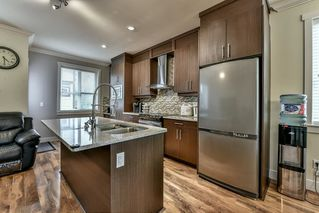 """Photo 8: 5 9077 150 Street in Surrey: Bear Creek Green Timbers Townhouse for sale in """"Crystal Living"""" : MLS®# R2133446"""