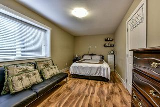 """Photo 17: 5 9077 150 Street in Surrey: Bear Creek Green Timbers Townhouse for sale in """"Crystal Living"""" : MLS®# R2133446"""