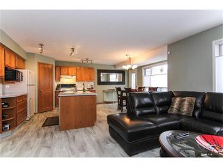 Photo 10: 9177 21 Street SE in Calgary: Riverbend House for sale : MLS®# C4096367