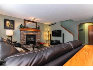 Photo 8: 9177 21 Street SE in Calgary: Riverbend House for sale : MLS®# C4096367