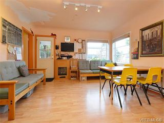 Photo 2: 2825 Peatt Rd in VICTORIA: La Langford Proper House for sale (Langford)  : MLS®# 750985
