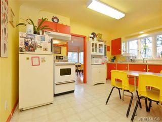 Photo 5: 2825 Peatt Rd in VICTORIA: La Langford Proper Single Family Detached for sale (Langford)  : MLS®# 750985