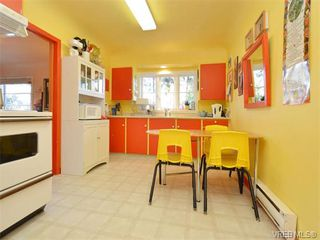 Photo 7: 2825 Peatt Rd in VICTORIA: La Langford Proper House for sale (Langford)  : MLS®# 750985