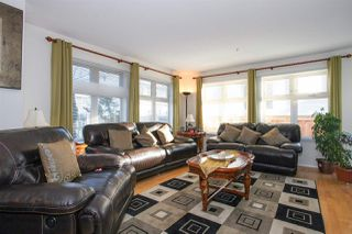 "Photo 3: 105 15220 GUILDFORD Drive in Surrey: Guildford Condo for sale in ""THE BOULEVARD"" (North Surrey)  : MLS®# R2142618"