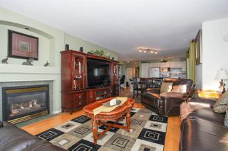 "Photo 13: 105 15220 GUILDFORD Drive in Surrey: Guildford Condo for sale in ""THE BOULEVARD"" (North Surrey)  : MLS®# R2142618"