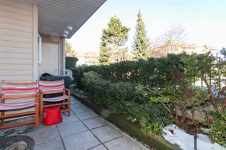 "Photo 11: 105 15220 GUILDFORD Drive in Surrey: Guildford Condo for sale in ""THE BOULEVARD"" (North Surrey)  : MLS®# R2142618"