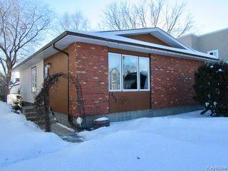 Main Photo: 402 Desautels Street in Winnipeg: St Boniface Residential for sale (2A)  : MLS®# 1702977
