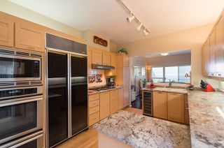 "Photo 8: 2375 FOLKESTONE Way in West Vancouver: Panorama Village Townhouse for sale in ""Westpointe"" : MLS®# R2147678"