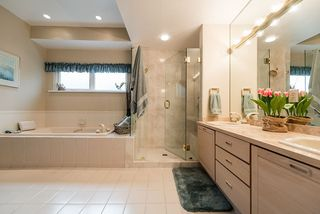 "Photo 11: 2375 FOLKESTONE Way in West Vancouver: Panorama Village Townhouse for sale in ""Westpointe"" : MLS®# R2147678"